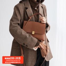 棕色包包秋冬2020新款潮ck手提包女气质网红单肩小众设计斜挎包女