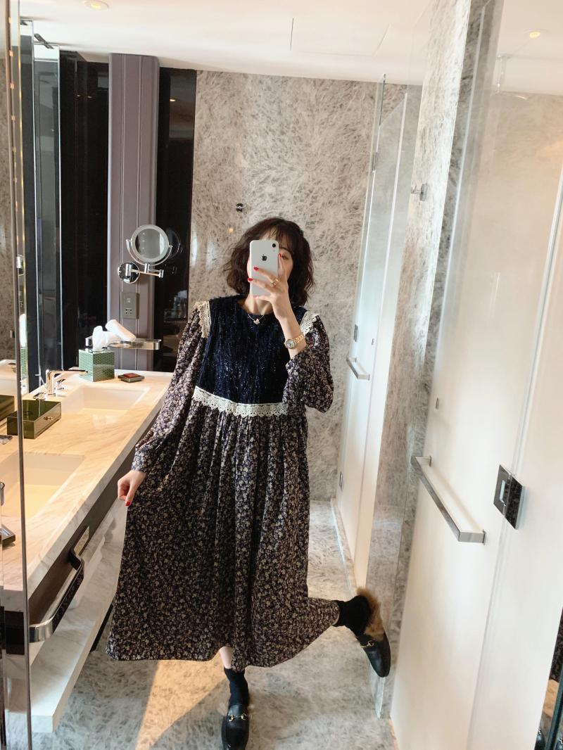 ◆张静芝韩国东大门冬 大爱好韩的闪丝高腰宽松蓝碎花长款连衣裙