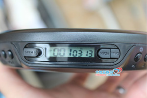 香港代购 飞利浦 EXP2546 CD机随身听 支持MP3光盘 送电源试音碟