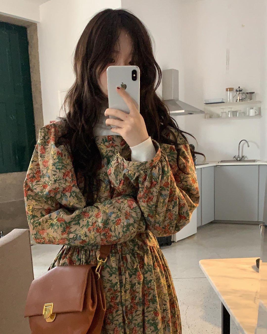 韩国chic早秋复古小方领泡泡袖花朵裙子系带收腰中长款雪纺连衣裙
