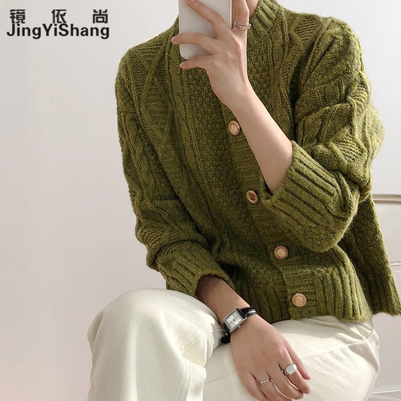 Jingyishang metal button knitted cardigan womens spring and Autumn New Korean version xiaoxiangfeng sweater coat