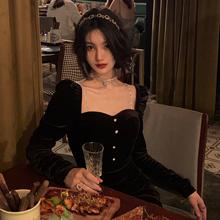 从一黑色丝绒长袖连衣裙女秋冬法式女装气质高端秋季赫本风小黑裙
