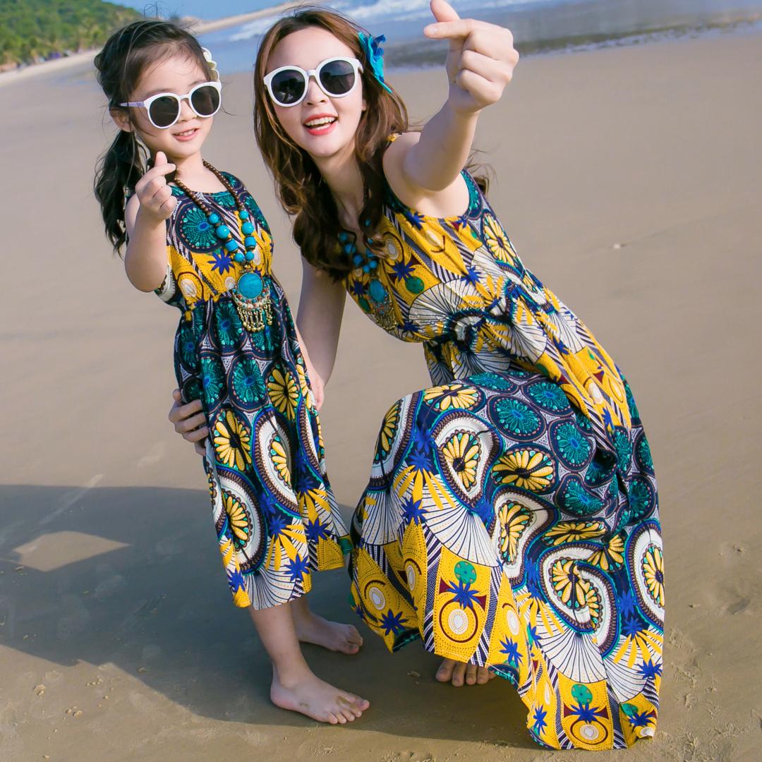 Детской одежды мать и дочь даже загружен платье девочки песчаный пляж юбка приморский платье лето семья установить семья из трех человек семья