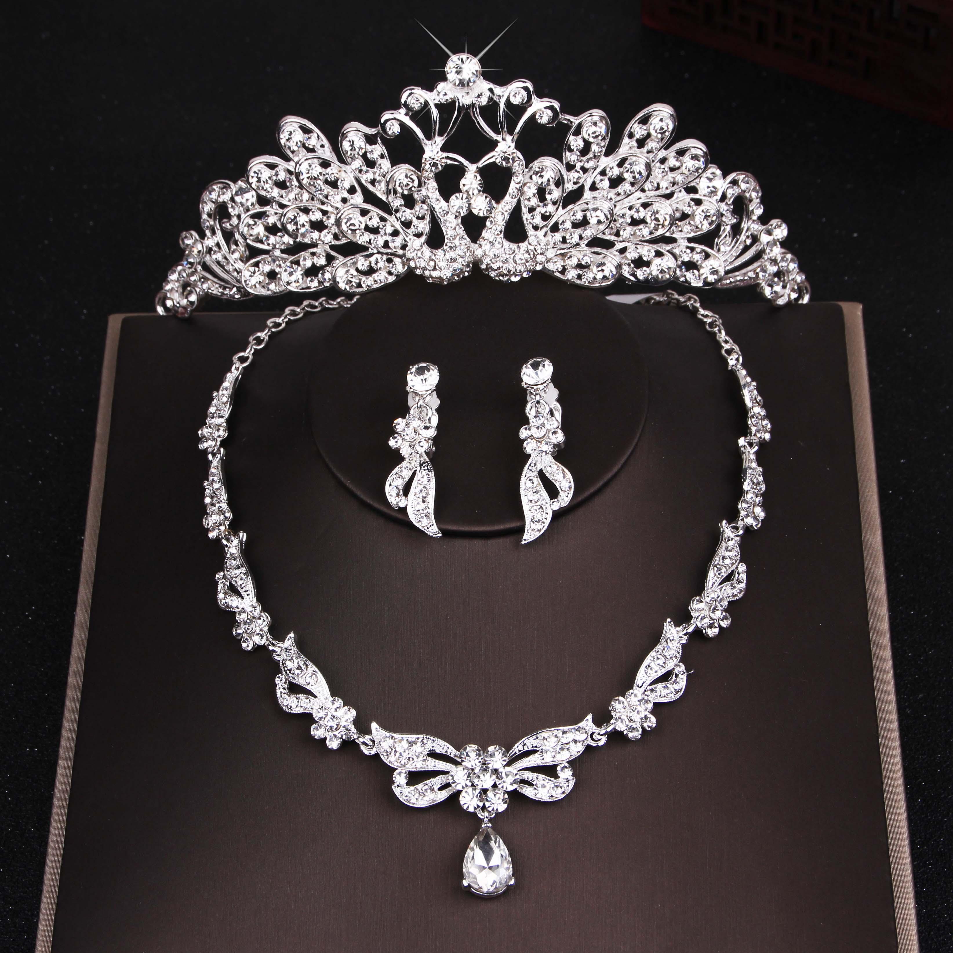 新娘皇冠头饰三件套装韩式婚纱配饰发饰结婚首饰项链婚庆饰品包邮