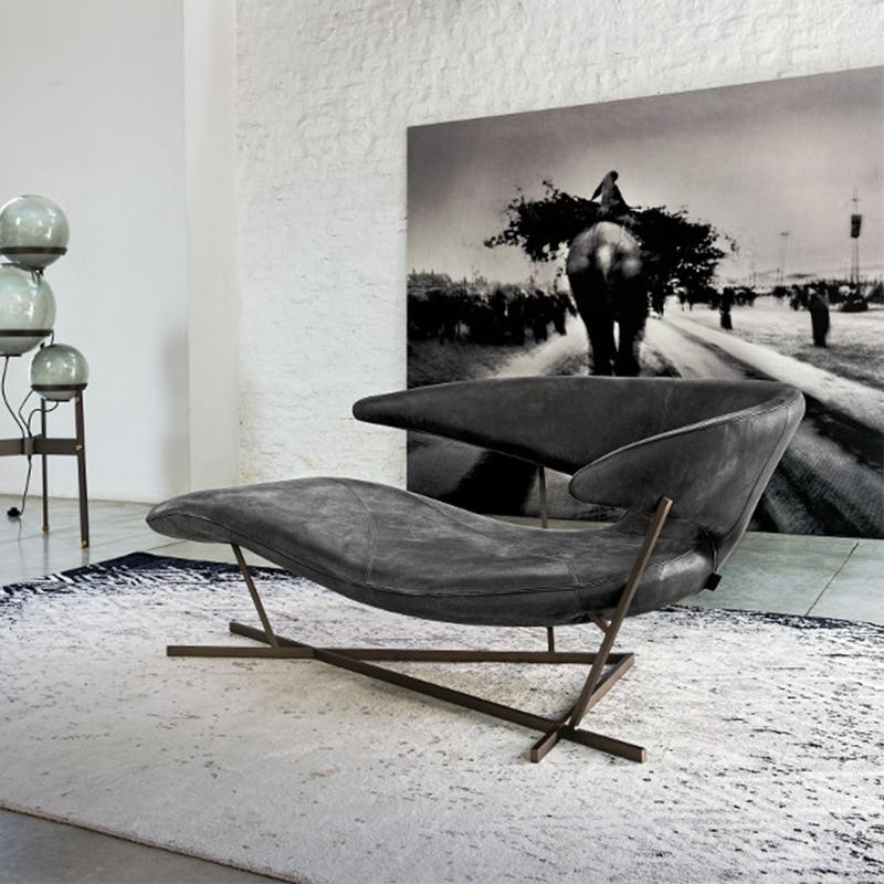 Modern creative design Manta lounge chair bat wing sofa light luxury special shaped glass fiber reinforced plastic Princess chair