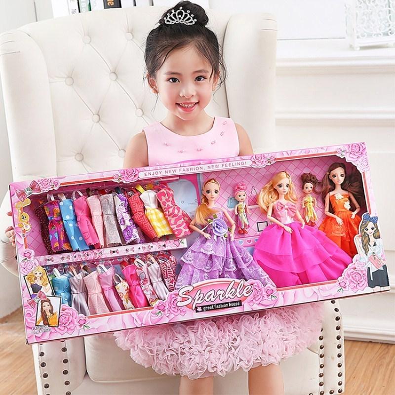 套装大号女孩衣橱小芭比娃娃套盒79.00元包邮