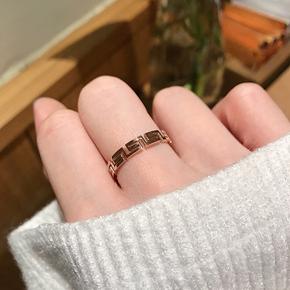 高冷光面简约素戒18k玫瑰金龙纹学生对接情侣戒指男女钛钢不掉色
