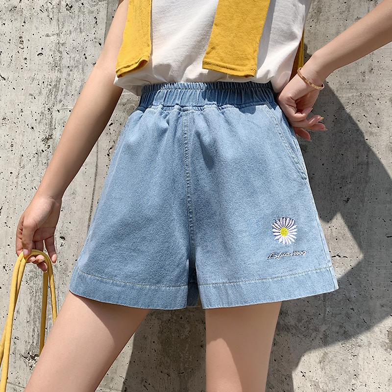 短裤日系甜美风2020大码胖MM雏菊牛仔低腰夏装花朵图案女士A字裤