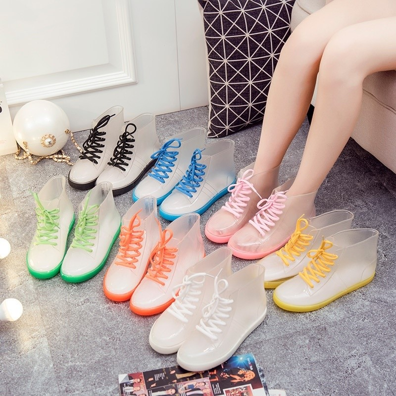 Womens rain shoes Japanese summer 2021 new Japanese transparent fashion wear crystal rain boots waterproof shoes rubber shoes fashion