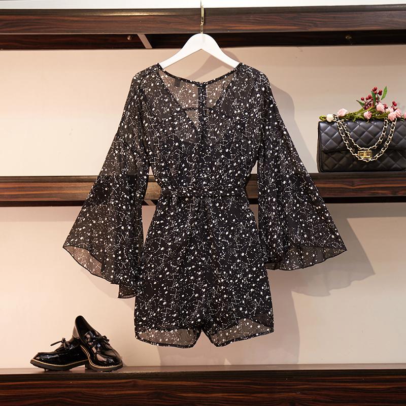 很仙的连衣裙大码夏遮肚子显瘦套装适合胯大腿粗的连体衣微胖穿搭95.00元包邮
