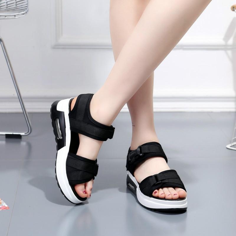 2019夏季新款平底百搭凉鞋女松糕坡跟厚底学生运动凉鞋一字带女鞋