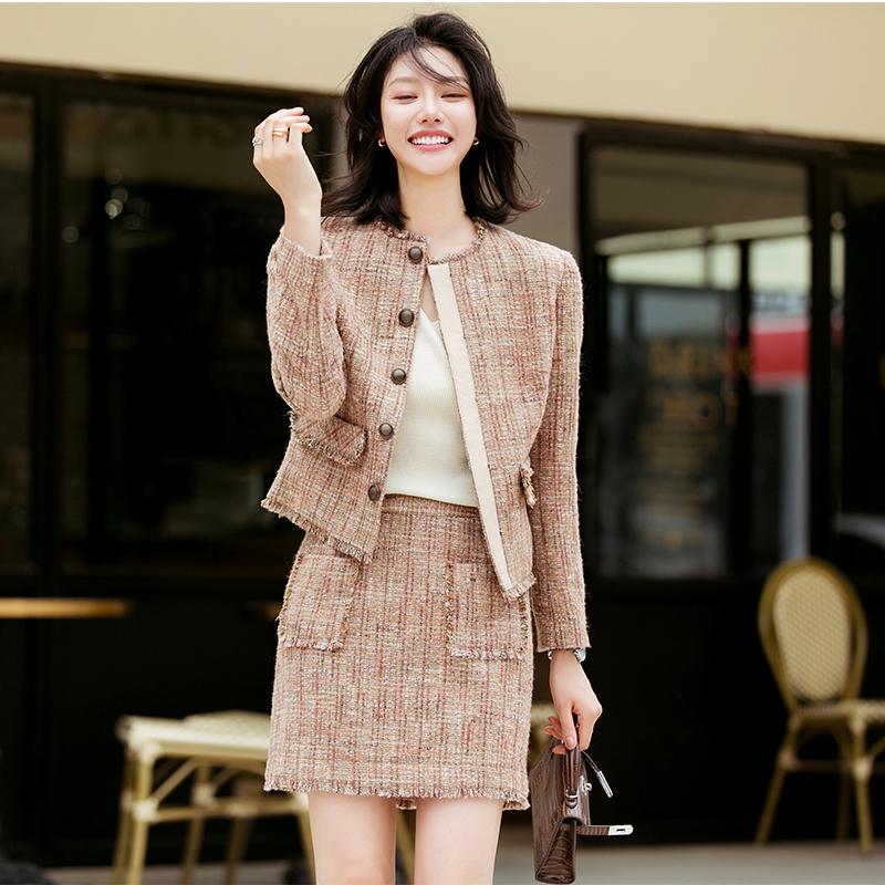 (用1元券)芝美日禾 小香风粗纺羊毛套装粗花呢肉桂粉短裙两件套时髦名媛