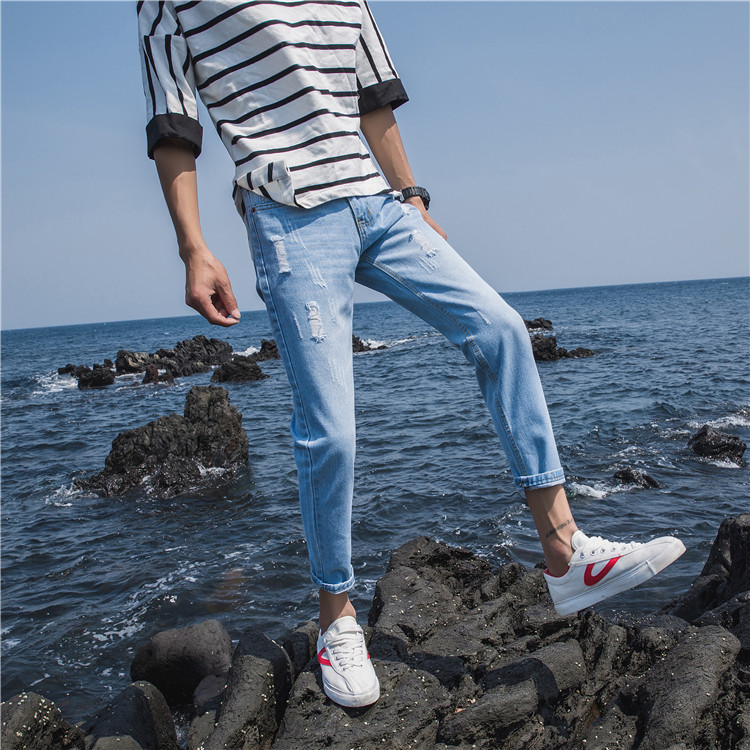夏季男款牛仔裤子修身型破洞薄款浅色9九分男生小脚8八分裤韩版潮