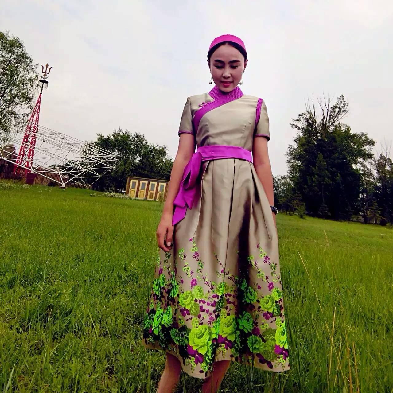 安静的小丸子蒙古丽人女装夏款连衣裙长裙蒙古袍民族元素