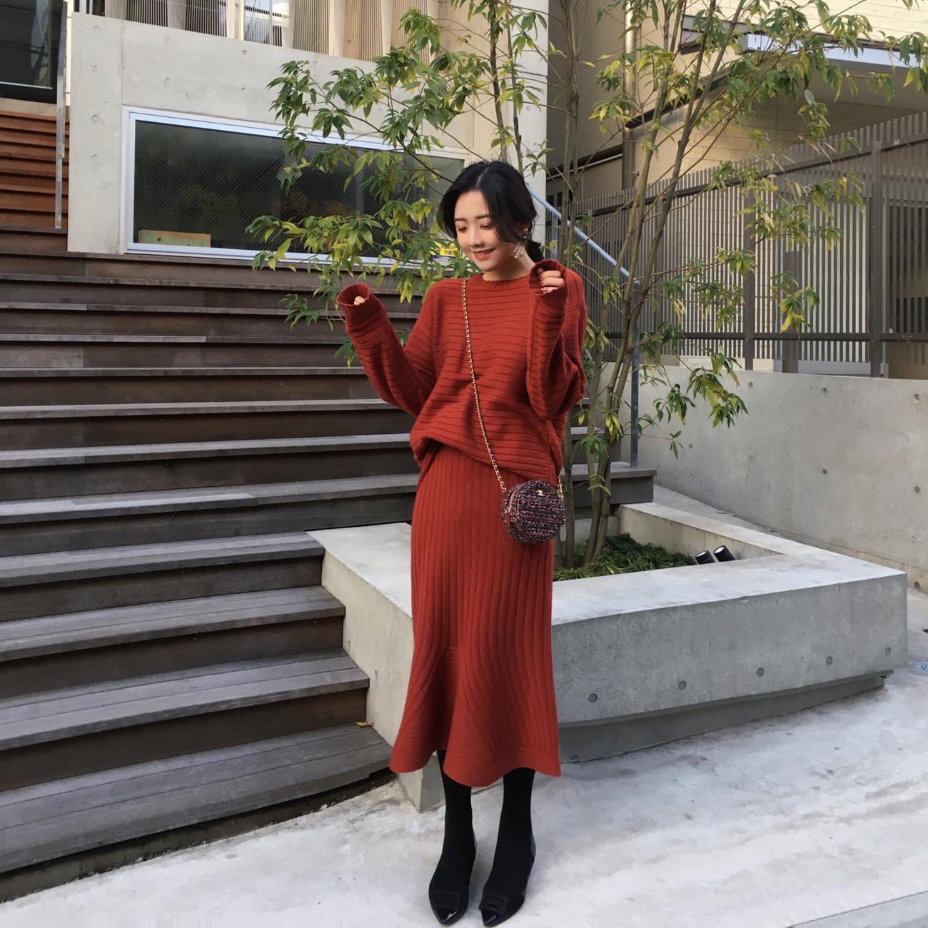 ◆ASM◆2018冬季新款包臀鱼尾裙半身裙圆领套头毛衣针织套装女装