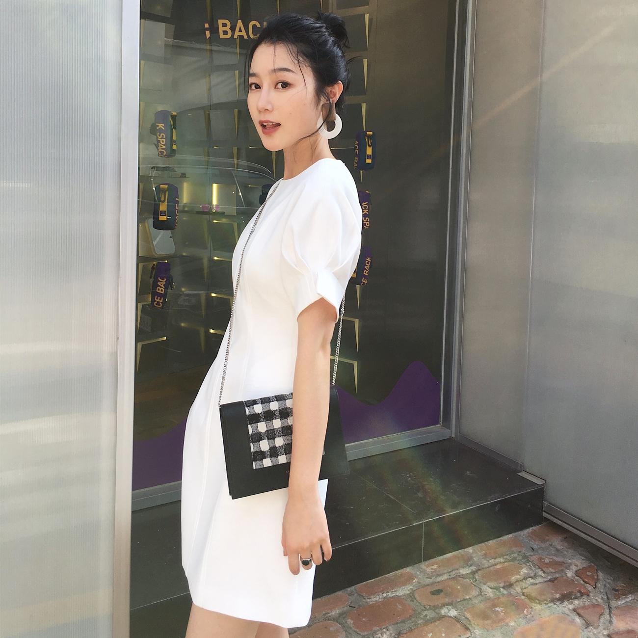 ◆ASM◆2018夏季新品泡泡短袖连衣裙气质收腰黑色简约显瘦短裙女
