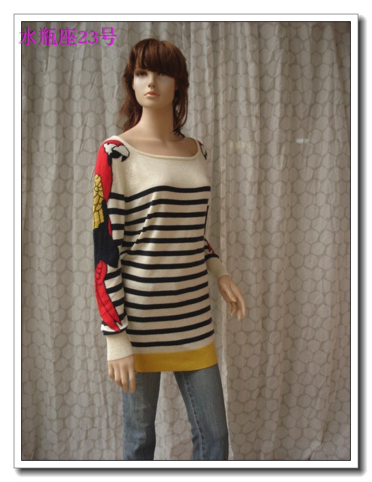Spring new white striped shoulder sleeve parrot pattern long sleeve medium length sweater large