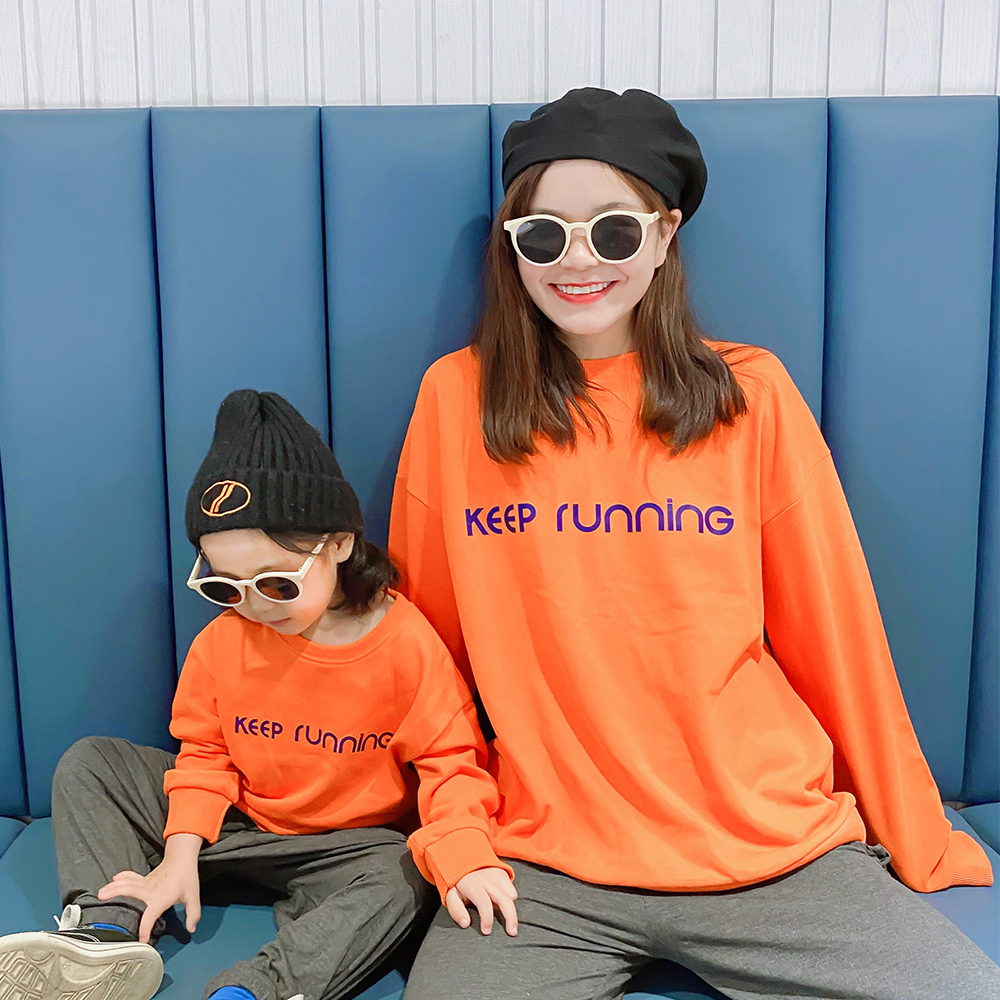 新款潮春秋装橙色母女装韩版洋气字母长袖宽松卫衣恤T亲子装2020