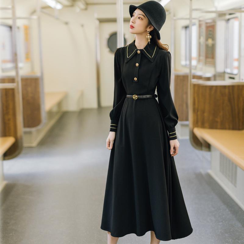 早秋法式桔梗冷淡赫本风小黑裙正式场合女装气质高级感面试连衣裙
