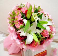 遵义汇川区宁波澳门南京苏州北海深圳广州路粉玫瑰生日蛋糕鲜花