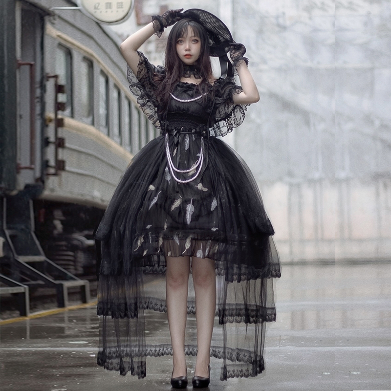 [deposit] Lolita, a rose traveler, can be married with one shoulder Gothic Lolita large cabbage dress