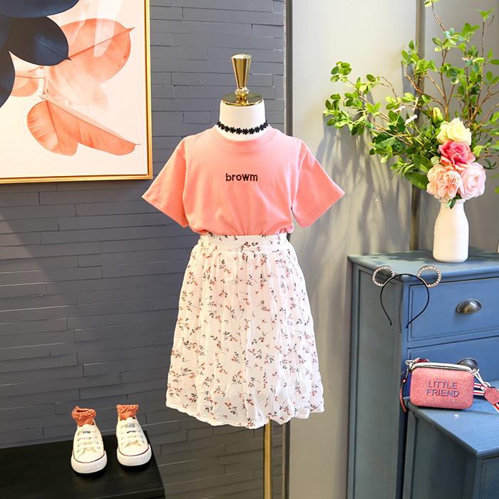 包郵童裝2018夏季新款女童簡約字母印花短袖T+碎花長裙兩件套裝
