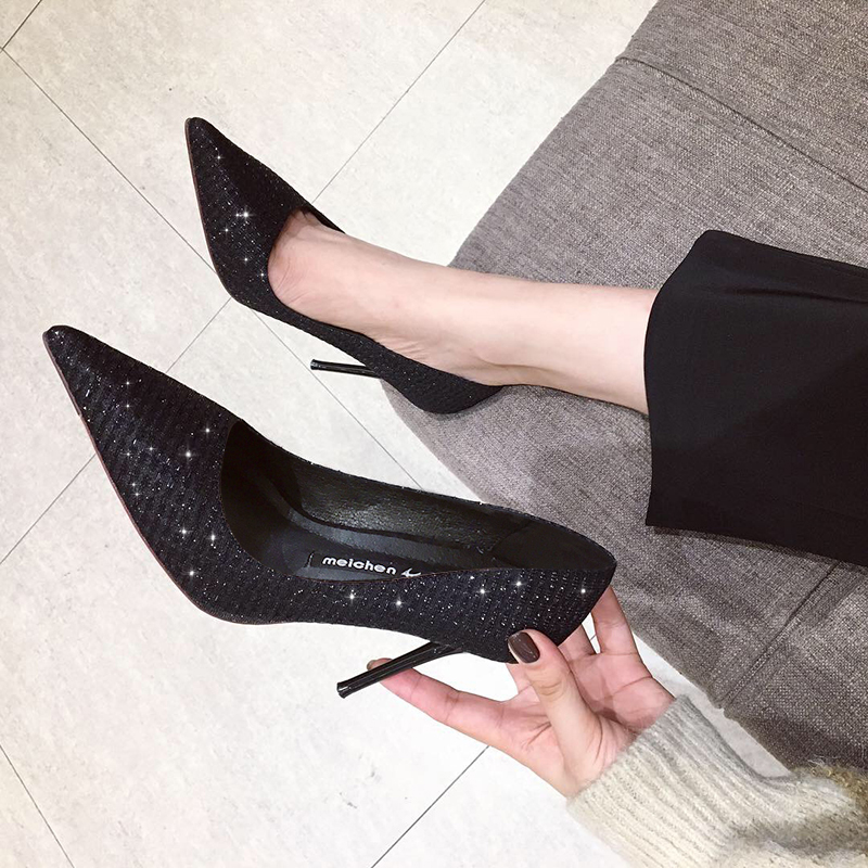 高跟鞋女2020年新款百搭小清新黑色法式少女细跟尖头网红礼服单