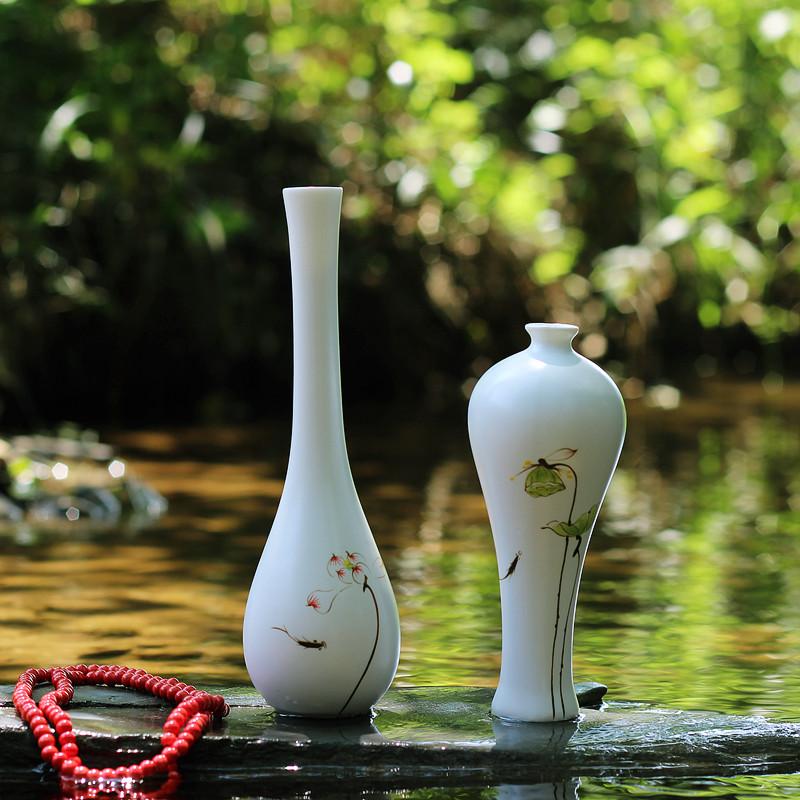景德镇创意摆件手绘荷花陶瓷花瓶