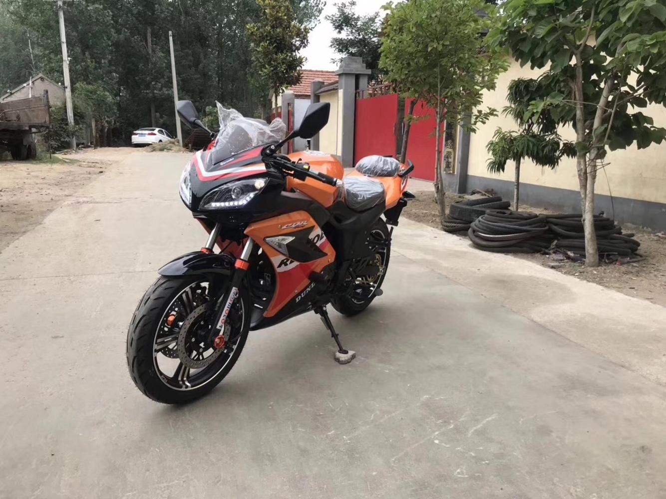 全新本田CBR版花运动版GT250跑车原装可上牌摩托车街车趴赛公路赛