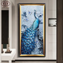Modern Simplicity of European-style Oil Painting in Vertical Living Room of Peacock Fresco Passage Hanging Corridor