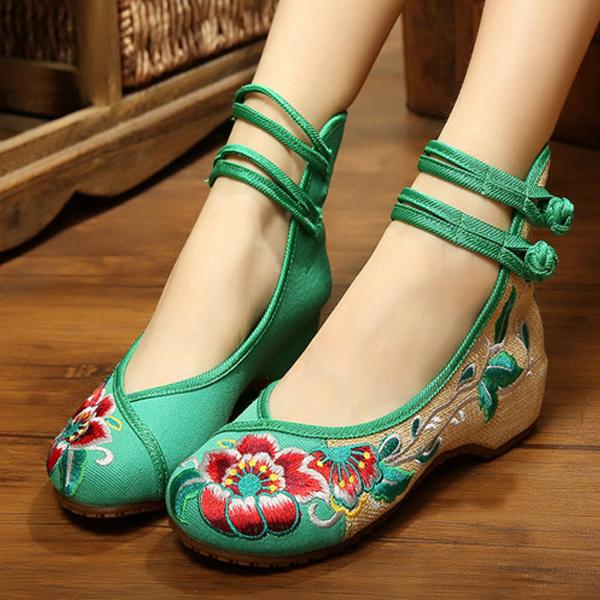 2021民族风老北京女布鞋低跟高帮绣花鞋牛筋防滑广场舞鞋大码单鞋