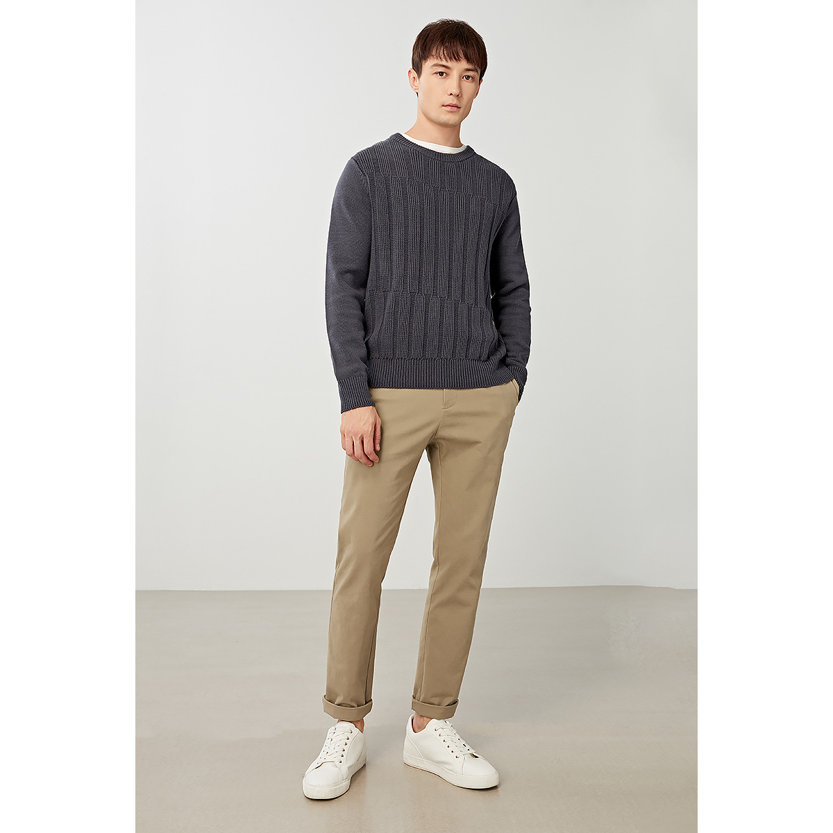 Autumn and winter new mens thick long sleeve sweater fashion solid color Pullover mens undergarment slim mens fashion
