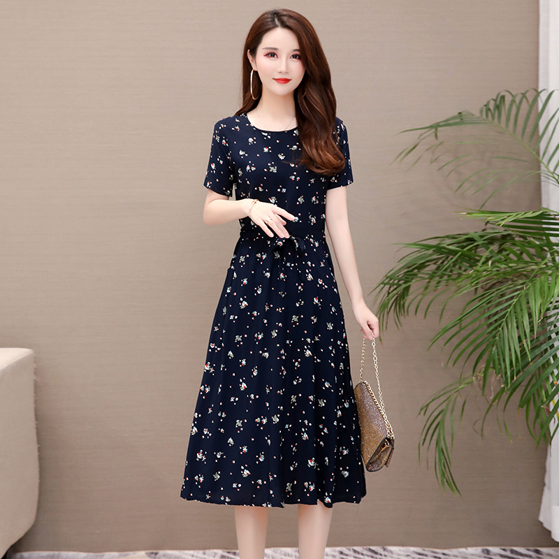 Middle aged and old cotton silk floral dress womens summer big size mothers dress waist shows thin temperament, big style long skirt women