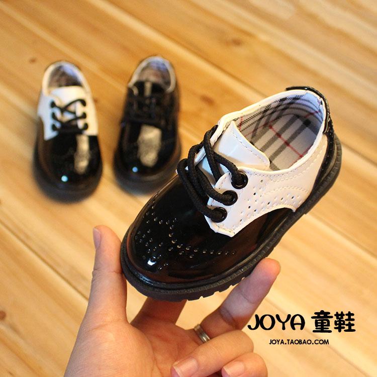 豹纹短靴要怎么穿搭:豹纹上衣的穿搭