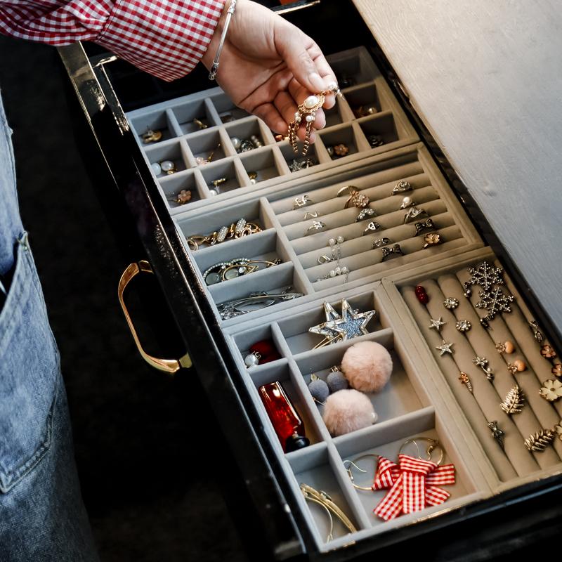 家用小号首饰盒耳环耳钉盒子手饰品首饰收纳盒精致抽屉内绒布格子