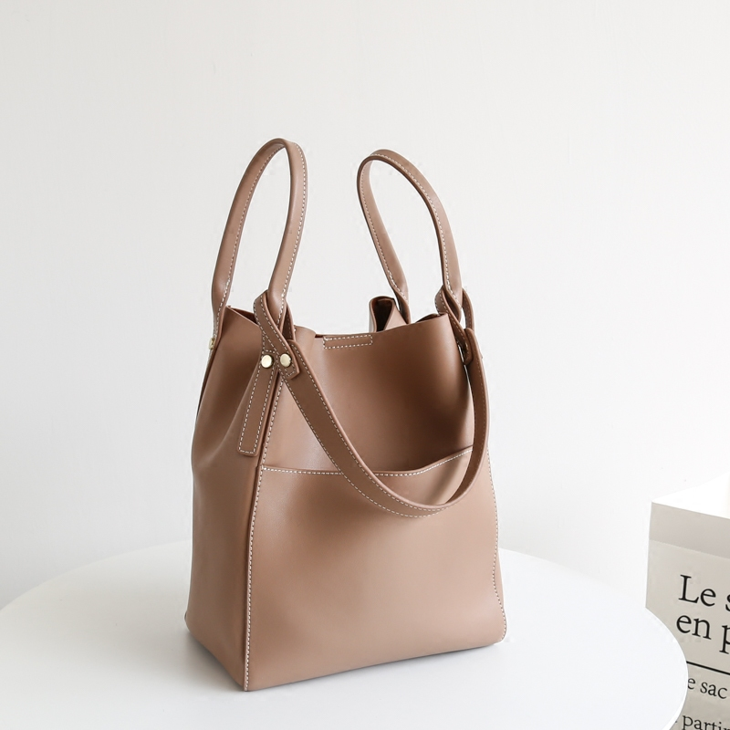 Korean version simple leather bag for women 2020 new portable single shoulder bucket bag for women large capacity retro style leather