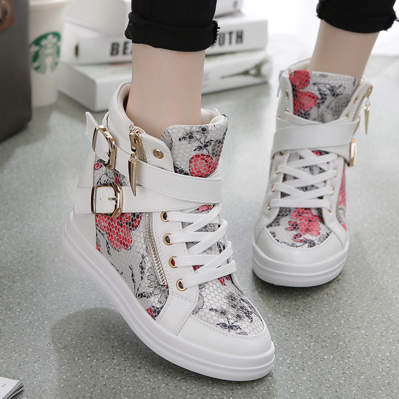 Package mail: British, American and Korean version of womens high tide shoes with thick bottom and increased Python print, cross skin buckle, double zipper