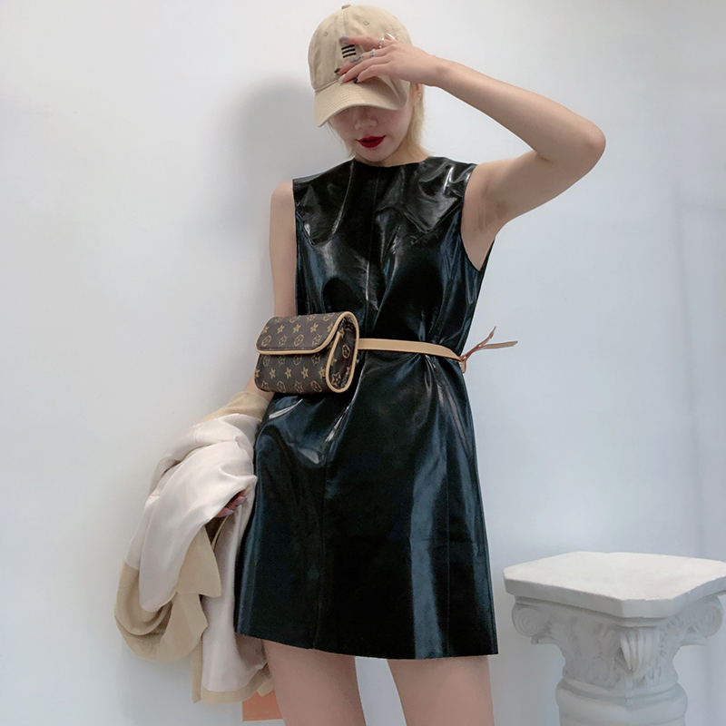 2020 spring and summer new light mature style dress Korean Retro Leather Skirt tank top skirt spring and autumn PU leather bottoming skirt sexy