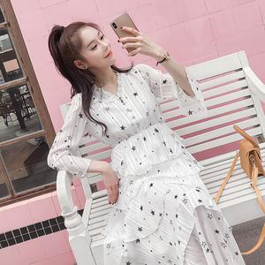 实拍#春装2019款仙女裙气质V领喇叭袖亮丝星星印花蛋糕长裙连衣裙