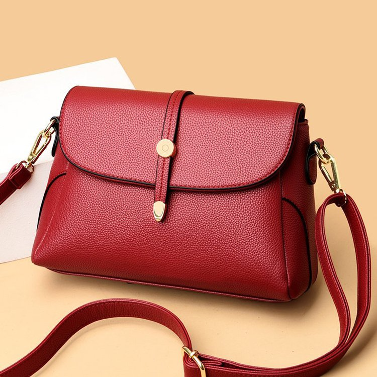 2021 summer new womens bag sandwich strap lock trend Messenger Bag Messenger Bag single shoulder portable small square bag