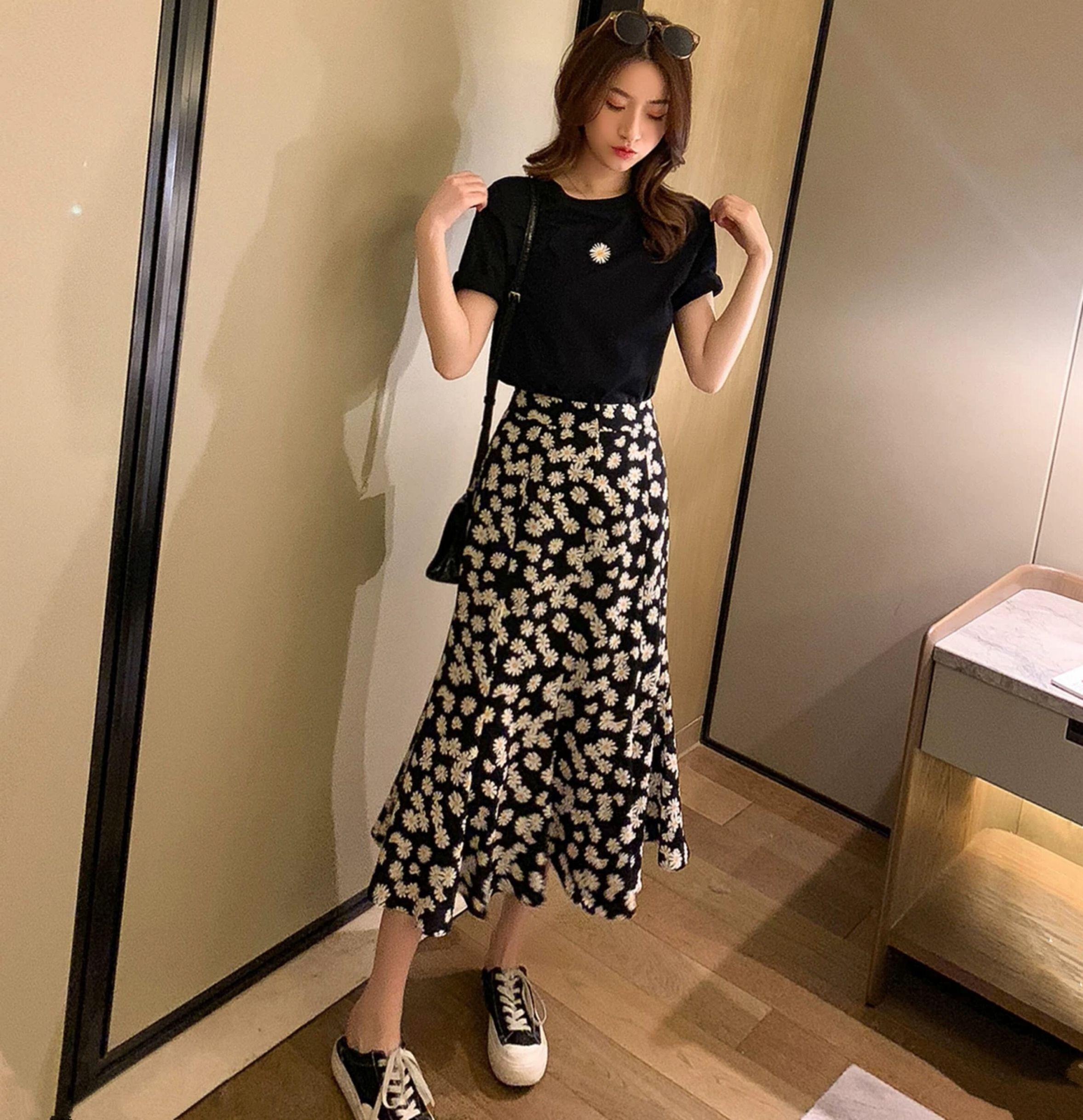 小雏菊半身长裙T恤两件套女夏季短袖上衣搭不规则A字短裙气质套装