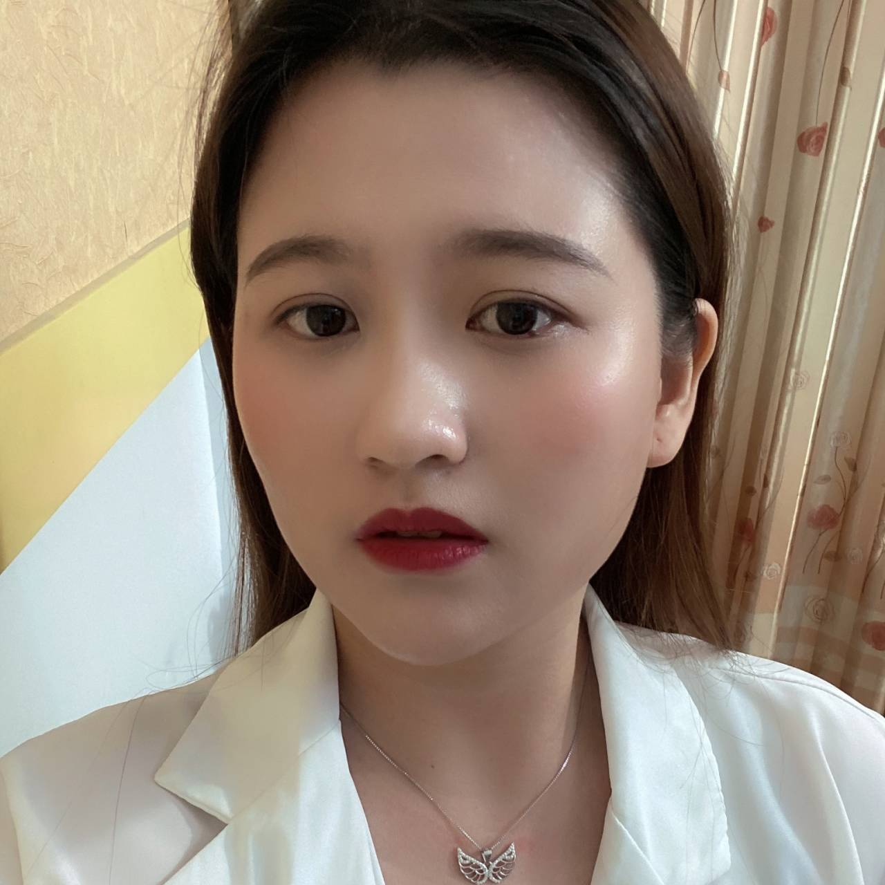 小俊香港直播定制商品wwt