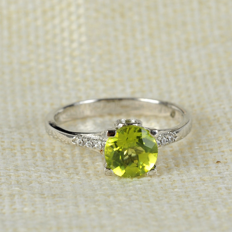 Natural olivine RING 925 sterling silver inlaid female ring color jewelry sun gem girlfriend gift