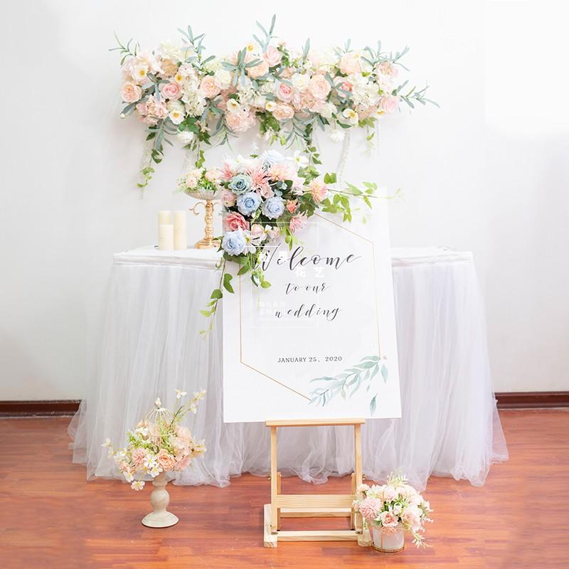 結婚祝いの絹花の道具の結婚式の迎宾の台の展示棚の装飾の道は水を引く札のマーケットの店先の開業の手配を使います
