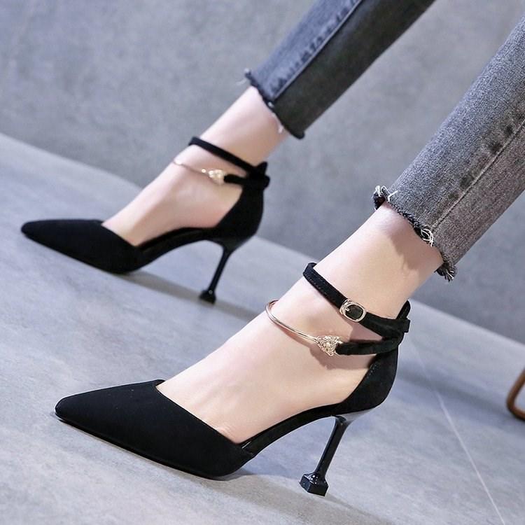 2020春新款一字扣带包头凉鞋女法式少女尖头仙女风细跟性感高跟鞋