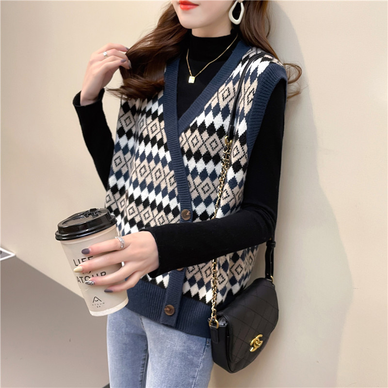Retro style Korean knitted cardigan vest womens 2021 spring V-neck sleeveless loose and lazy top