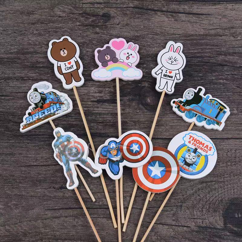海绵蛋糕插旗 布朗熊可妮兔美国队长爱莎卡通情景蛋糕装饰插片