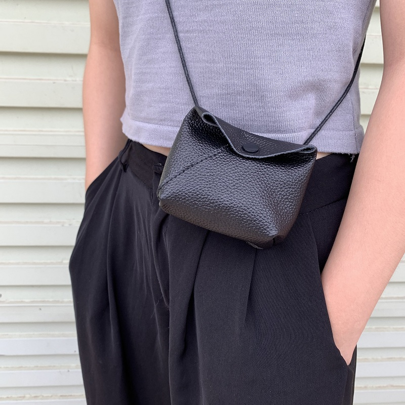 Bag womens 2019 new dark retro men and womens versatile Mini zero purse single shoulder diagonal Pu small bag key bag