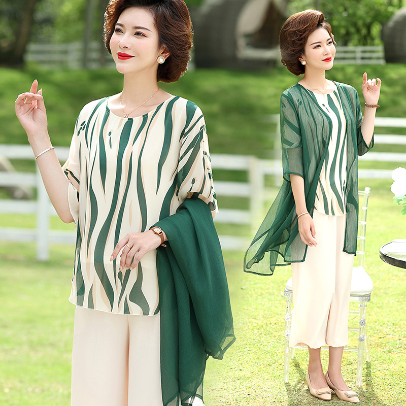 Mothers Day middle-aged mother summer dress womens suit middle-aged and old size foreign style 2021 new spring dress