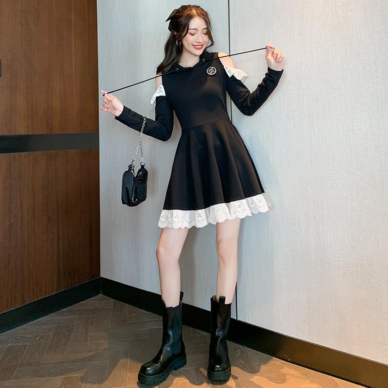 洛丽塔甜酷风连衣裙2020秋季新款设计感小众露肩长袖连帽卫衣裙子